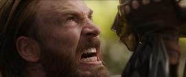 Rogers ganando tiempo con Thanos