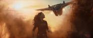Gamora esquiva los disparos de la Nave-M