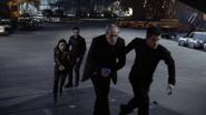 Malick se deja capturar por los Guerreros Secretos