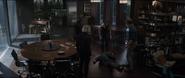 Stark se desmaya frente a los Vengadores