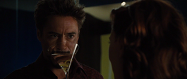Stark le pide consejos a Rushman