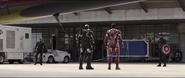 Stark, Rhodes y T'Challa confrontan a Rogers