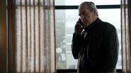 Malick habla con Ward por teléfono