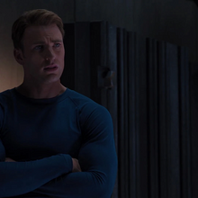 Rogers discute con Stark sobre Coulson.png