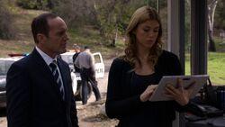 Phil-Coulson-Bobbi-Morse-Investigation-Asylum.jpg