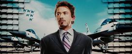 Stark asociado con el ejército