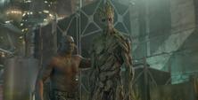 Drax y Groot crean un plan de rescate con Rocket