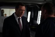 Mace discute enojado con Coulson