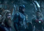 Thor, Rogers y Stark ven a Thanos