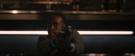 Rhodes armado en la Torre de los Vengadores