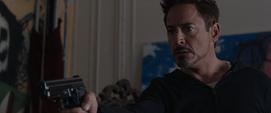 Stark descubre a Trevor