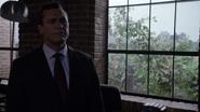 Mace habla de los Vengadores con Coulson