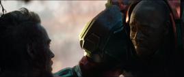 Rhodes ve morir a Stark