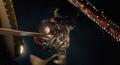 Ant-Man se sujeta