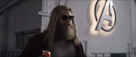 Thor en el Centro de los Nuevos Vengadores