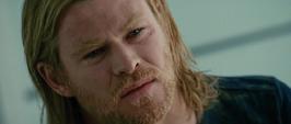 Thor llora la perdida de su padre