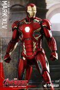 Mark XLV Hot Toy 6
