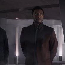 T'Challa y Rogers en Wakanda.png