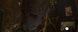 Groot ignora a Quill