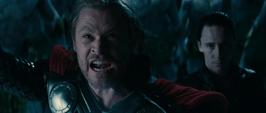 Thor y Loki le gritan a Laufey