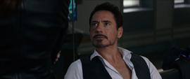 Stark y Romanoff discuten sobre formar un equipo