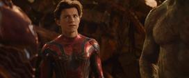 Parker escucha a Stark y Quill