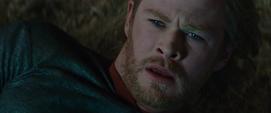 Thor se despierta en la Tierra