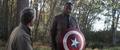 Wilson porta el escudo del Capitán América