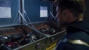 Capitan America descubriendo las intensiones de SHIELD