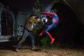 Peter es golpeado por Jackson