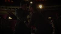 Sousa trata de matar a Thompson
