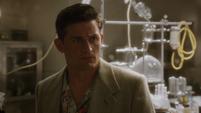 Sousa en el laboratorio de Stark
