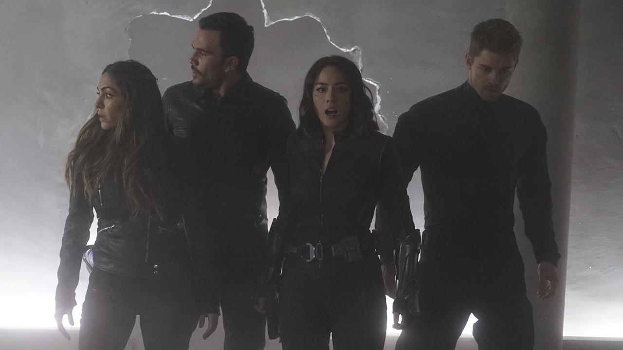 Marvel's Agents of S.H.I.E.L.D. Season 3 17