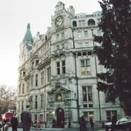 London Sanctum from Doctor Strange- The Art of the Movie 001