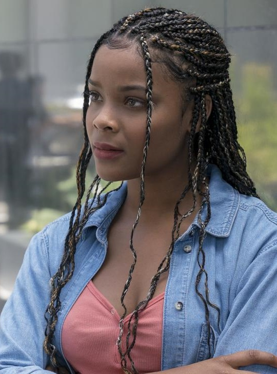 Livvie (Earth-199999) from Marvel's Runaways Season 2 8.jpg