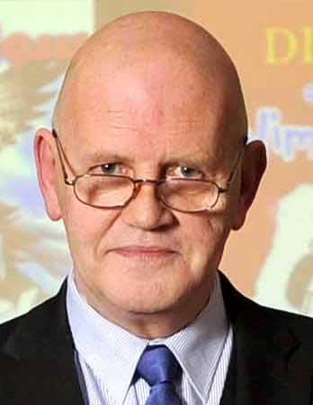Derek Skinn