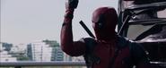 Deadpool-movie-screencaps-reynolds-54