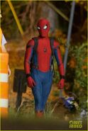 Tom-holland-spiderman-night-shoots-stunt-note-01