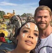 Thor Ragnarok Filming Tessa and Chris (4)