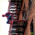 Tom-holland-performs-his-own-spider-man-stunts-on-nyc-fire-escape-09