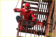 Tom-holland-performs-his-own-spider-man-stunts-on-nyc-fire-escape-04