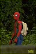 Tom-holland-spiderman-night-shoots-stunt-note-04