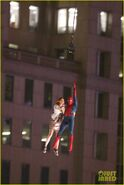 Spider-man-stunt-doubles-helicopter-scene-05
