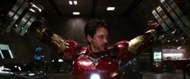 Iron-man1-movie-screencaps.com-9009