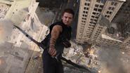 HawkeyeFallingShot1-Avengers