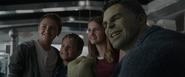 Hulk Children Selfie Endgame