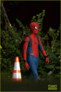 Tom-holland-spiderman-night-shoots-stunt-note-11