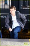 Tom-holland-films-spider-man-homecoming-queens-09