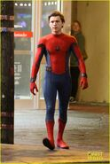 Tom-holland-spiderman-queens-hello-kitty-12