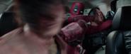 Deadpool-movie-screencaps-reynolds-37
